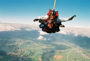 Slika fun skydiving